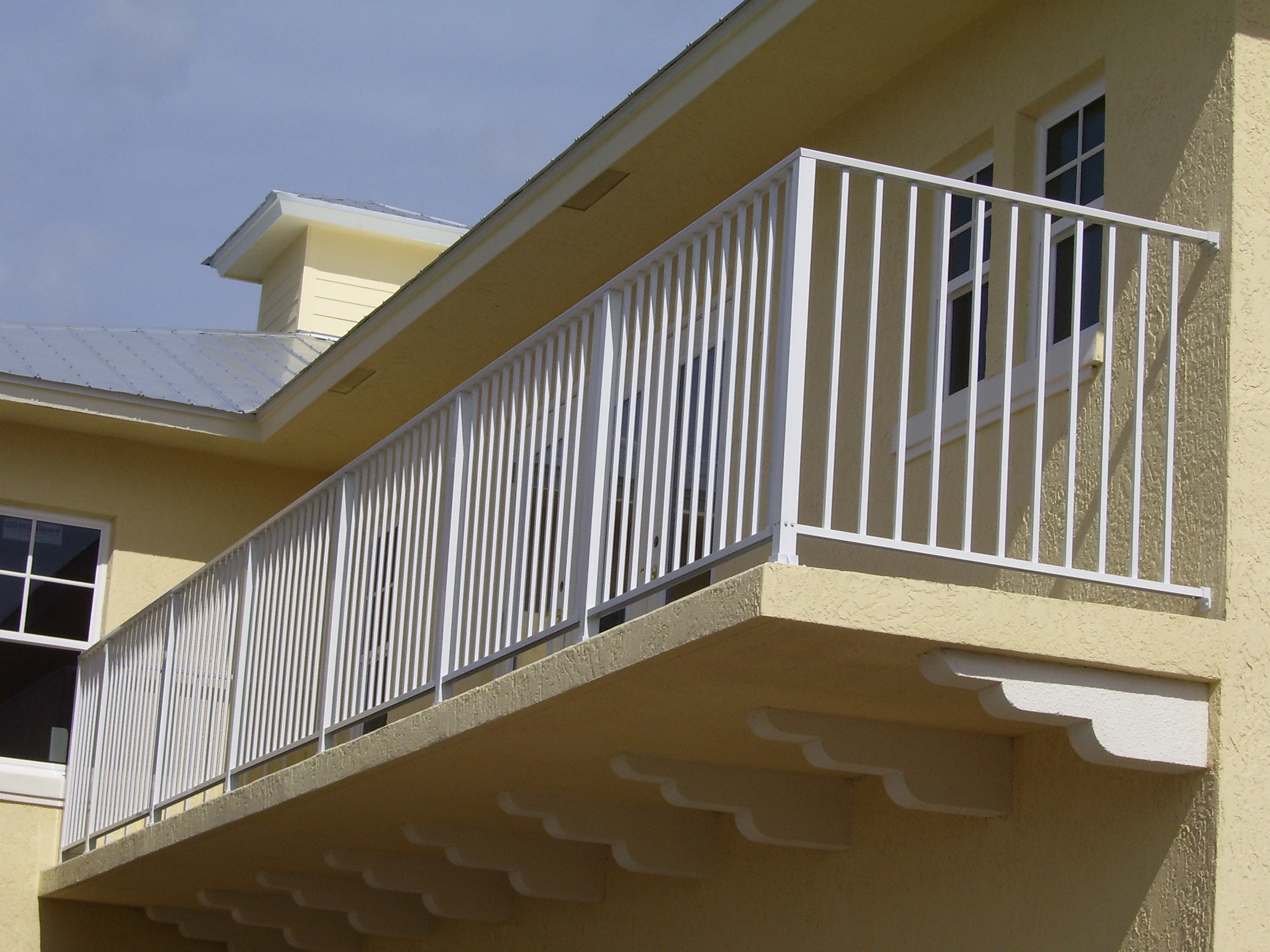 Also offering aluminum railing